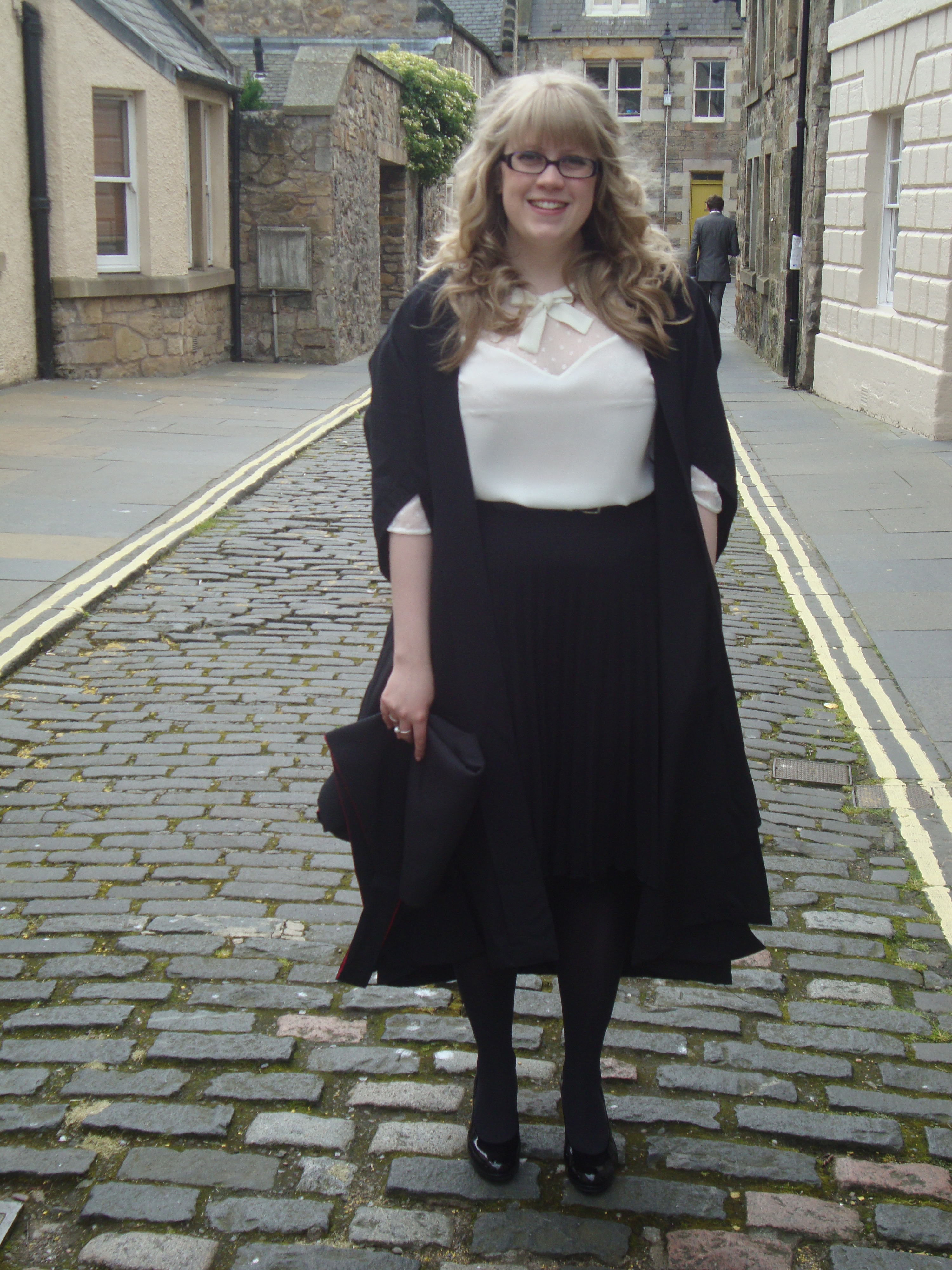 500578f4286c Graduation Style | Everything Looks Rosie | Edinburgh Lifestyle ...