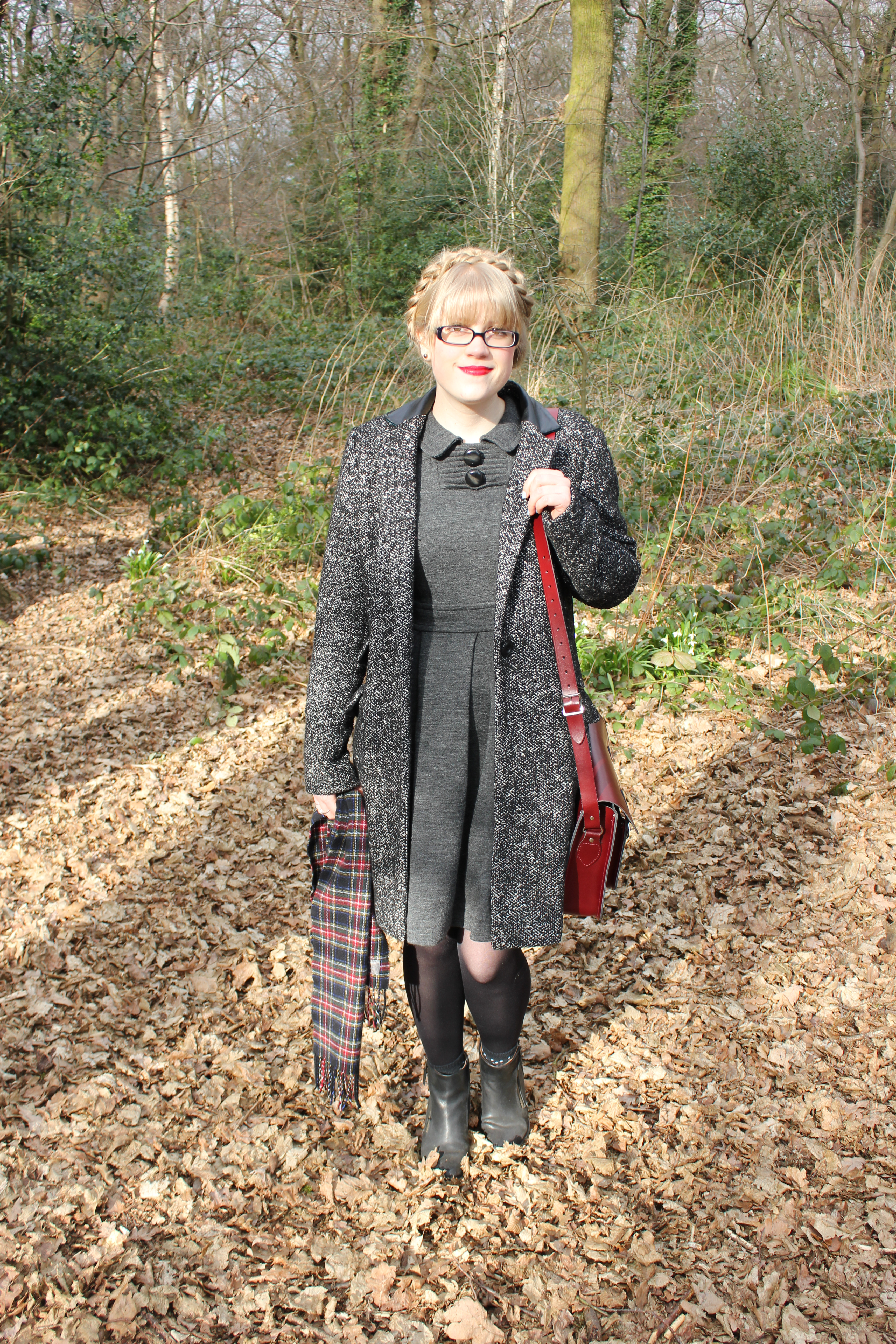 Orla kiely sample sale: grey wool dress   everything looks rosie.