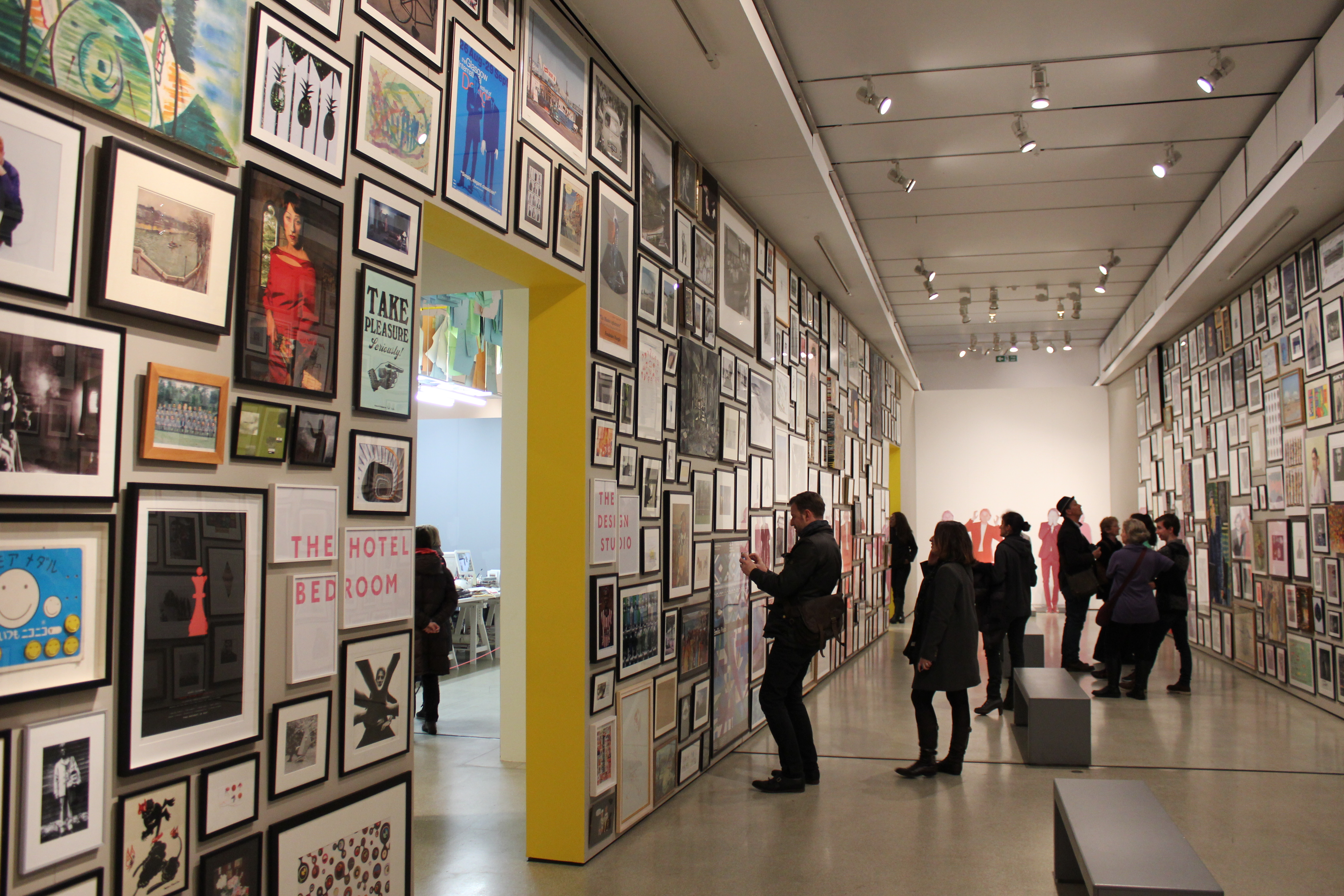 39 hello my name is paul smith 39 at the design museum in london everything looks rosie. Black Bedroom Furniture Sets. Home Design Ideas