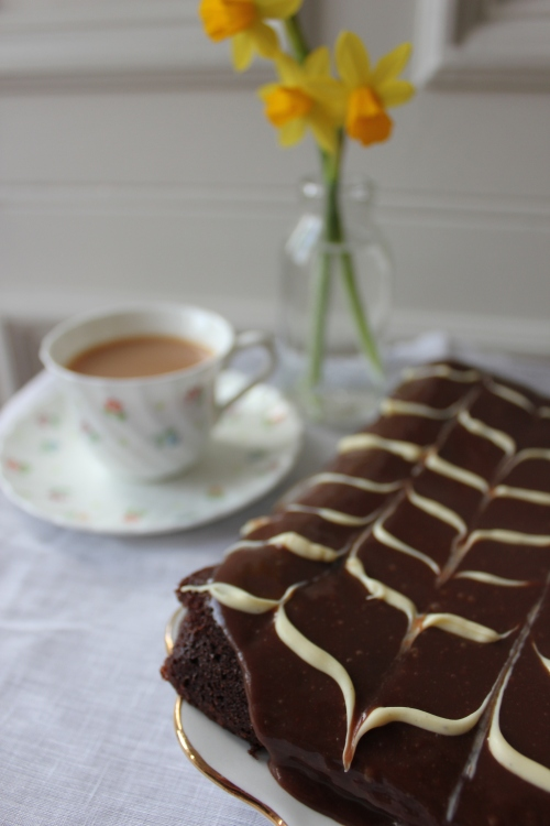 Mary Berry Chocolate Traybake