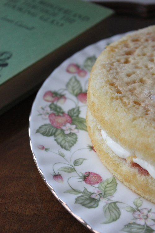 Elderflower and Strawberry Cake